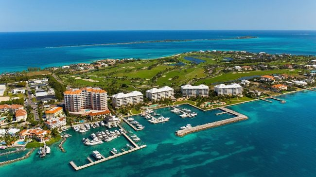 The Bahamas Bars Entry Of American Tourists While Allowing Others
