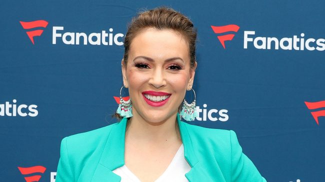 Alyssa Milano Tests Positive For COVID-19 Antibodies After 3 Negatives!