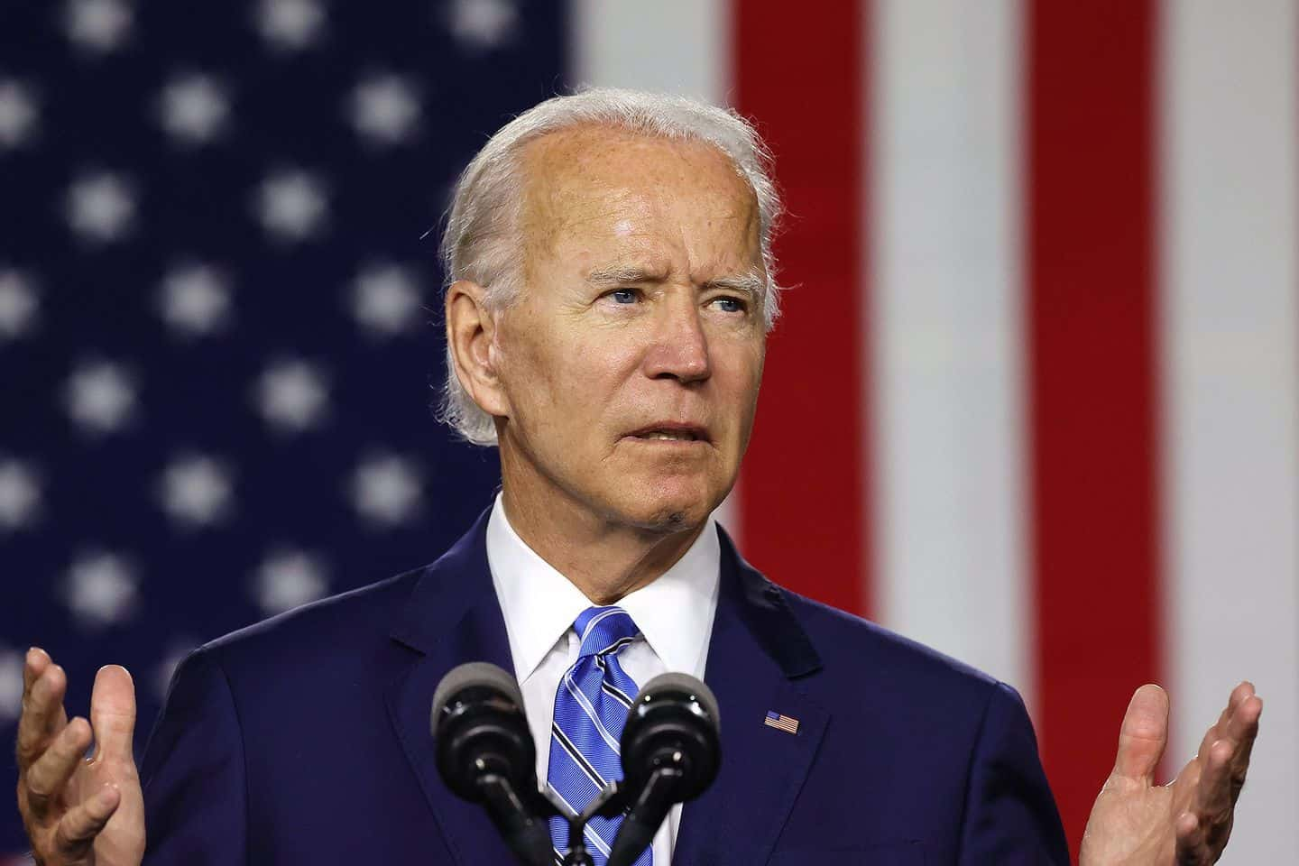 Analysts expect a Biden blowout in November