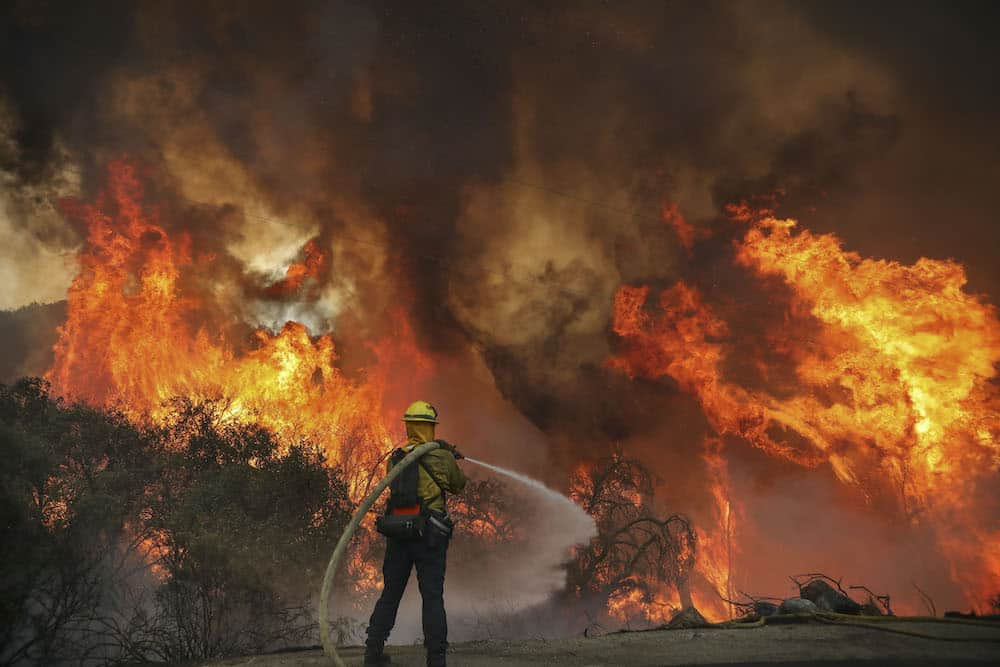 Deadly wildfires in West: Death toll increased to 6