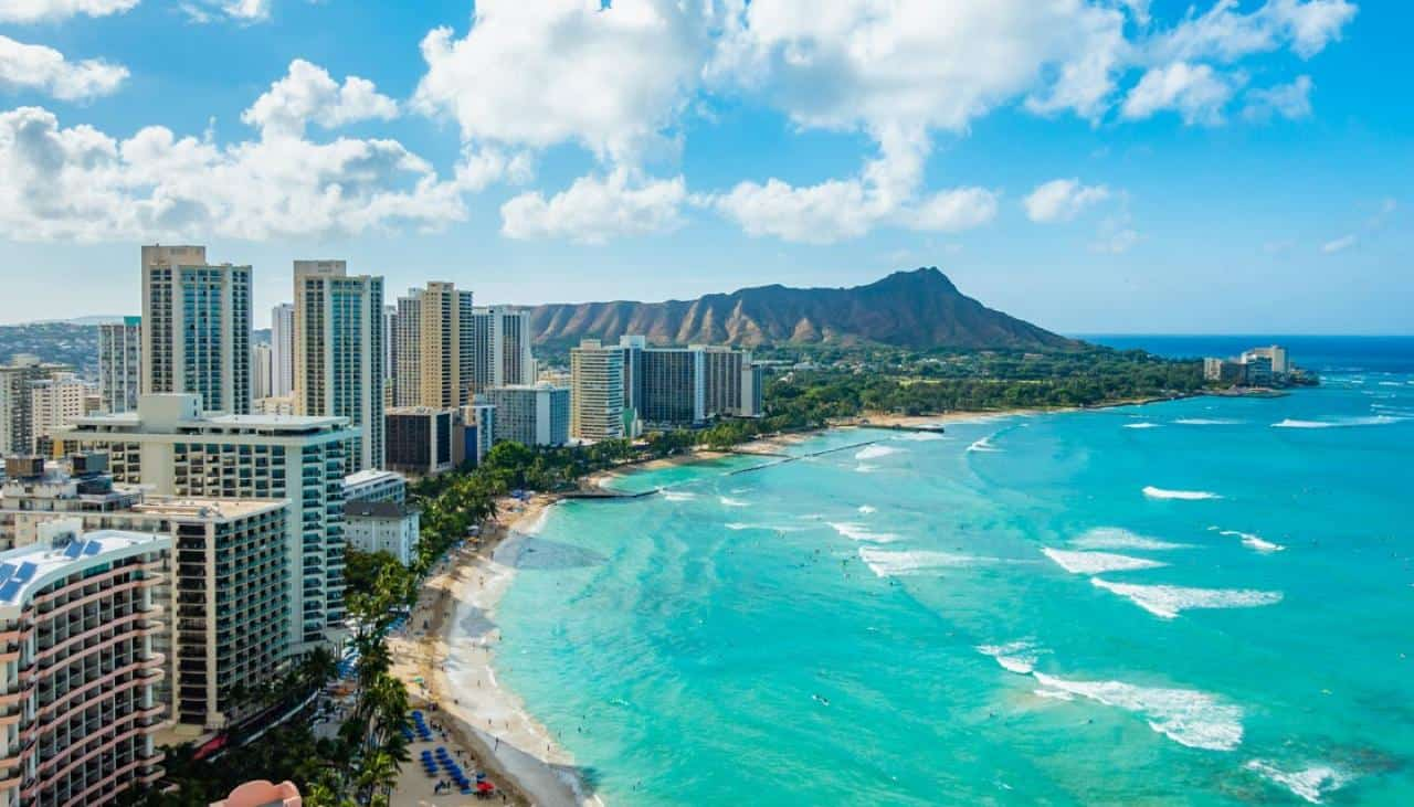 Hawaii: Travelers who test negative for Covid can bypass quarantine