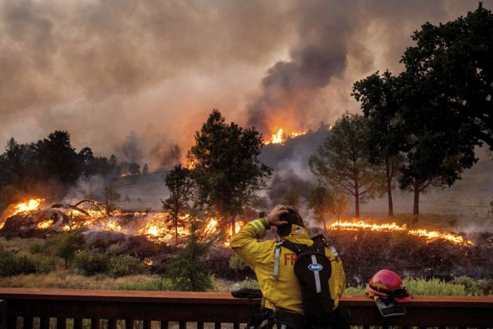National Weather Service issues red flag warning as California contends with two new blazes