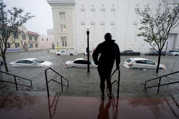 Pensacola Makes a Record And Get 30 Inches Rain