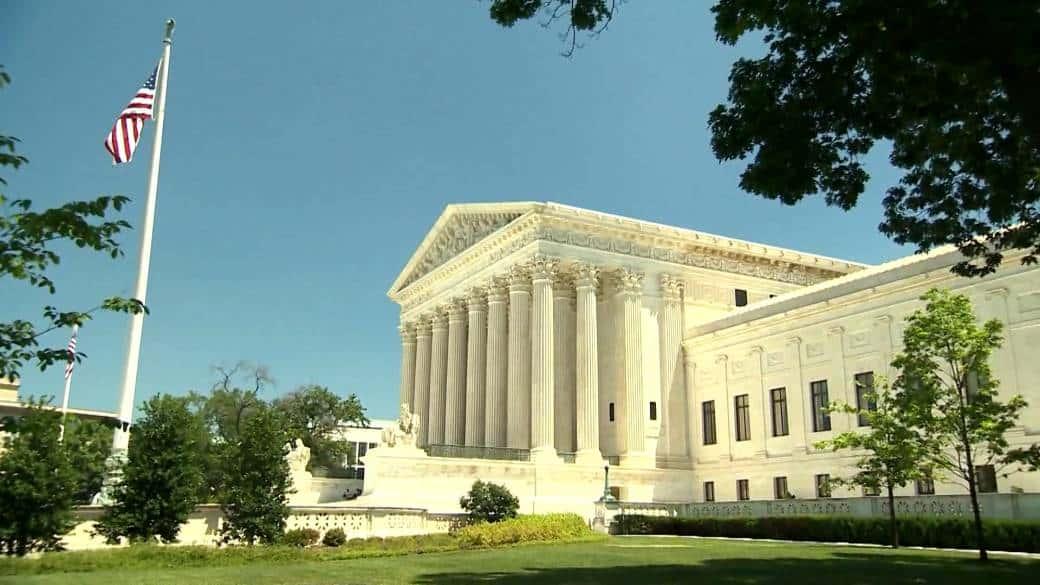 Supreme Court showdown against Health care law