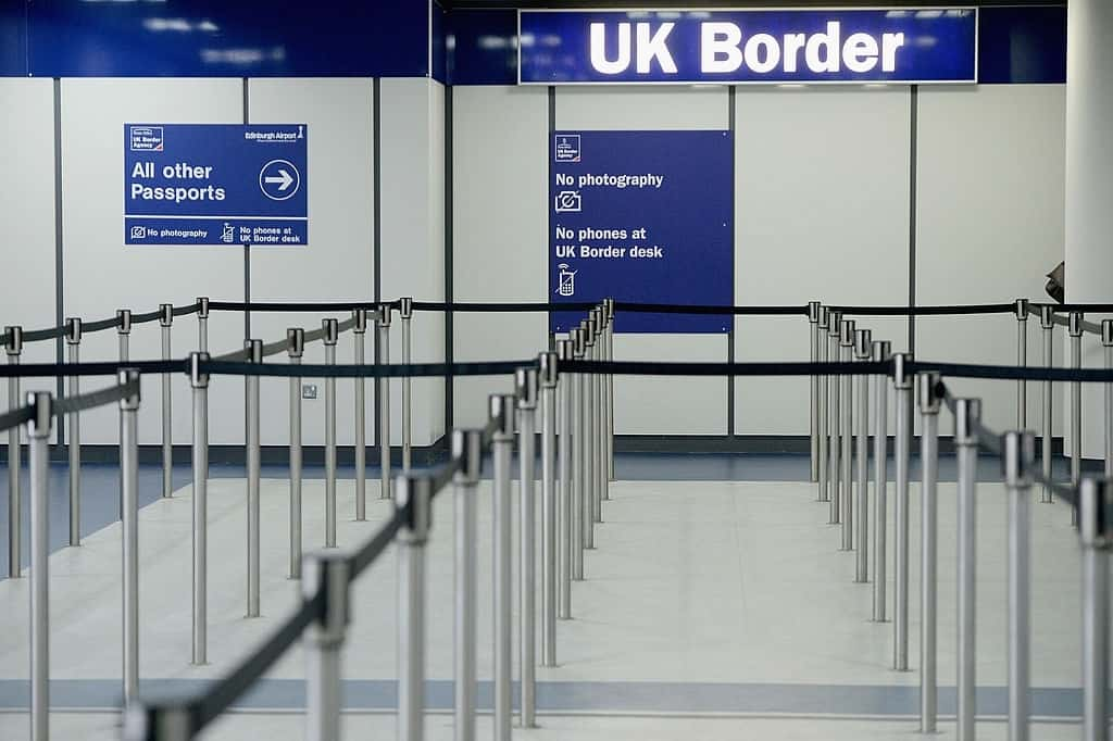 US Requires Negative Covid Test For Air Passengers From UK
