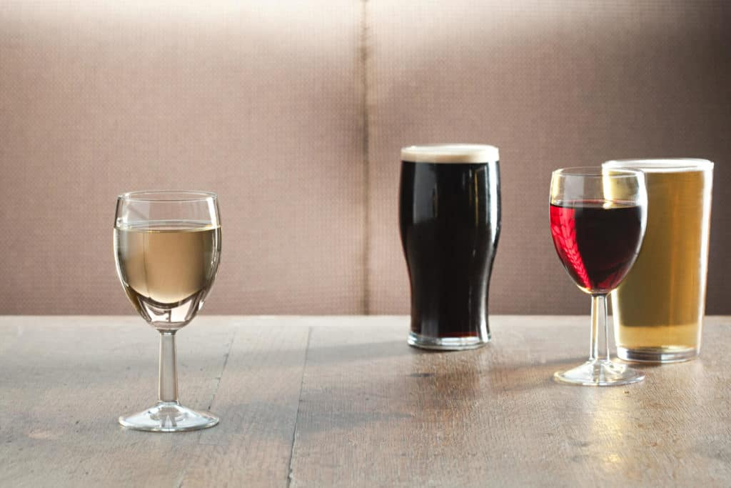 A Small Amount Of Alcohol Reduces The Risk Of Cardiovascular Disease