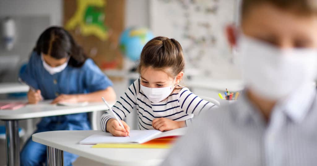 During The Reopening Of Schools, The Number Of Children With Covid-19 Is Increasing.