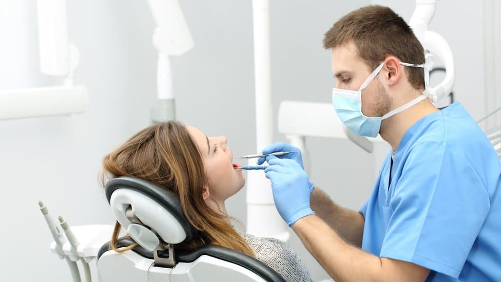 How To Become A Dentist? Things You Need To Know!