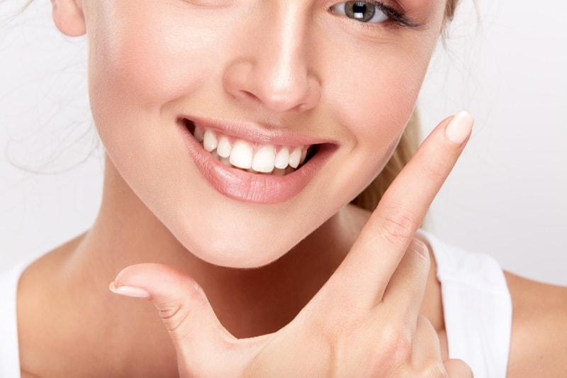 How To Whiten Teeth? Whiten Teeth At Home In One Day