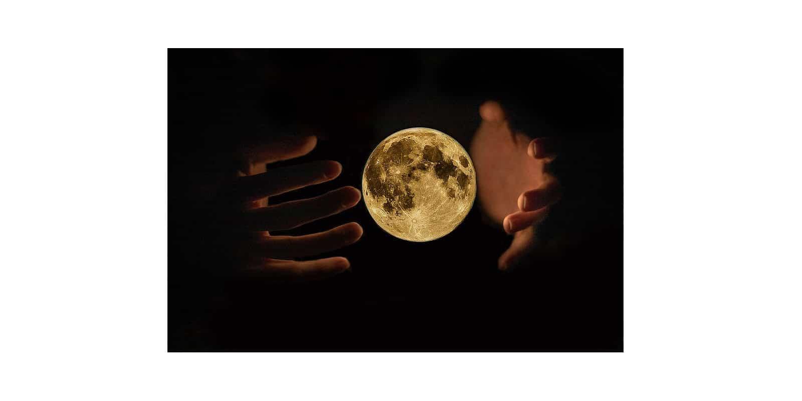 Nakatuka's Moon Reading System