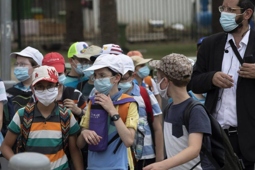 Opinion Polls Find Majority In Support Of The Unvaccinated Wearing Masks In Schools