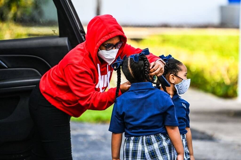Florida School Receives US Grant For Mask Vote