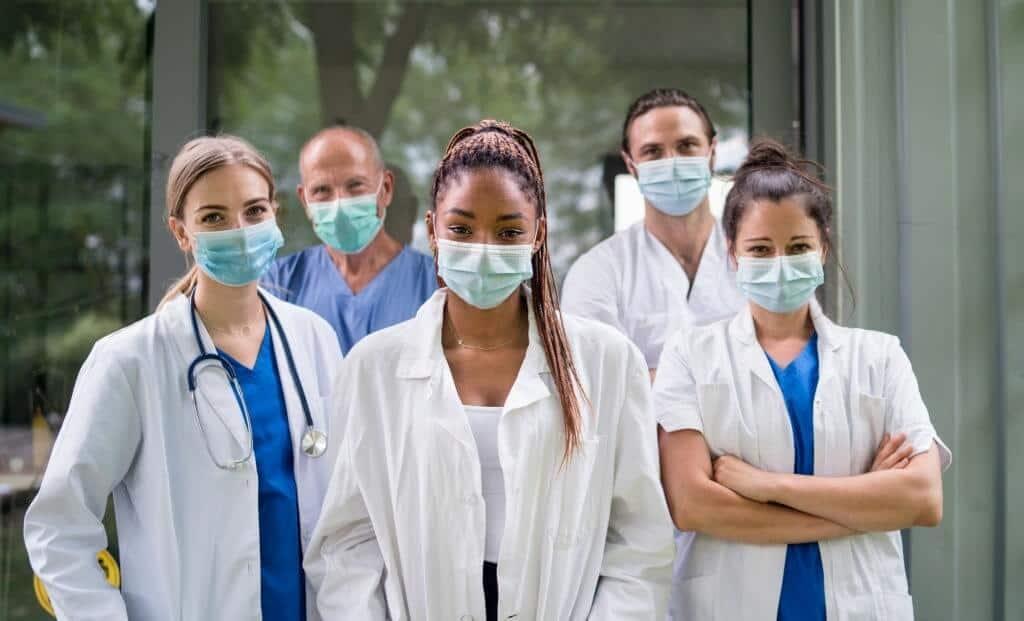Healthcare Professionals' Two-faced Attitude For Covid Unvaccinated!