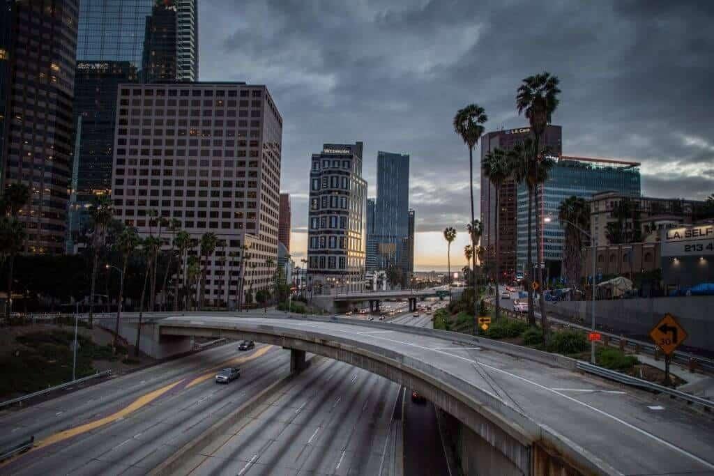 لس آنجلس شهری در ایالات متحده آمریکا است