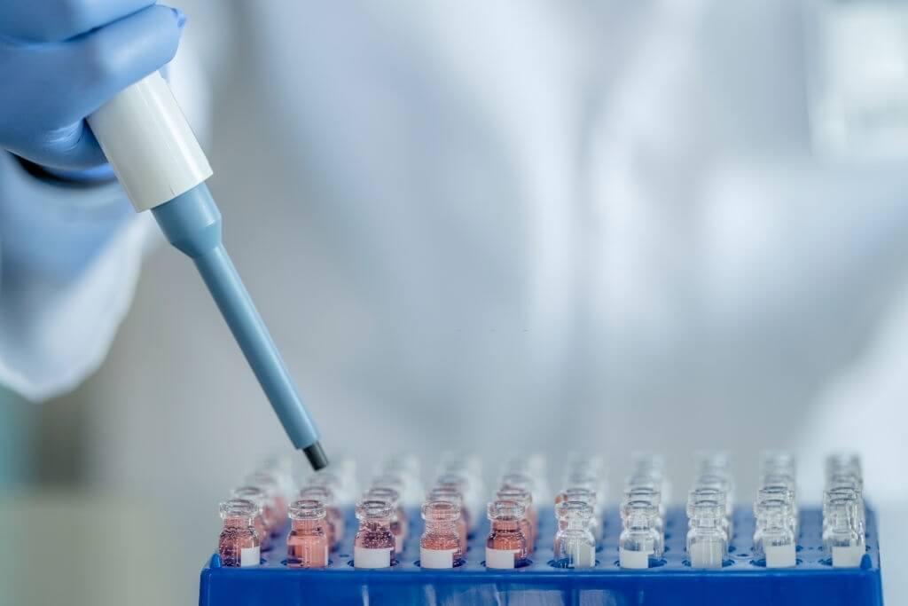 واکسن ها ممکن است از یک چهارم میلیون مورد ابتلا به کووید 1 اجتناب کرده باشند